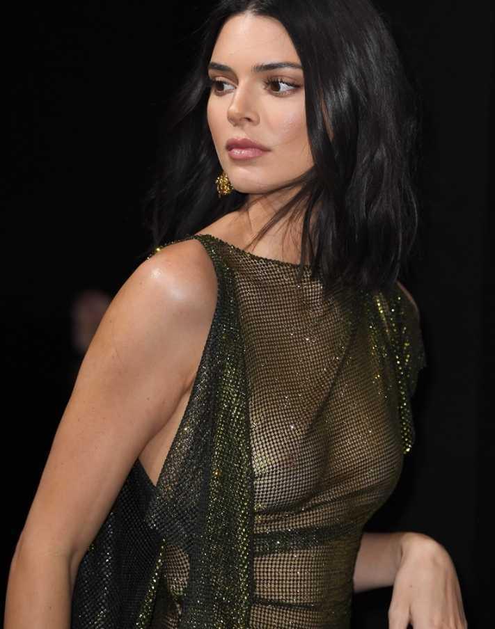 Kendall Jenner в откровенном платье (4)