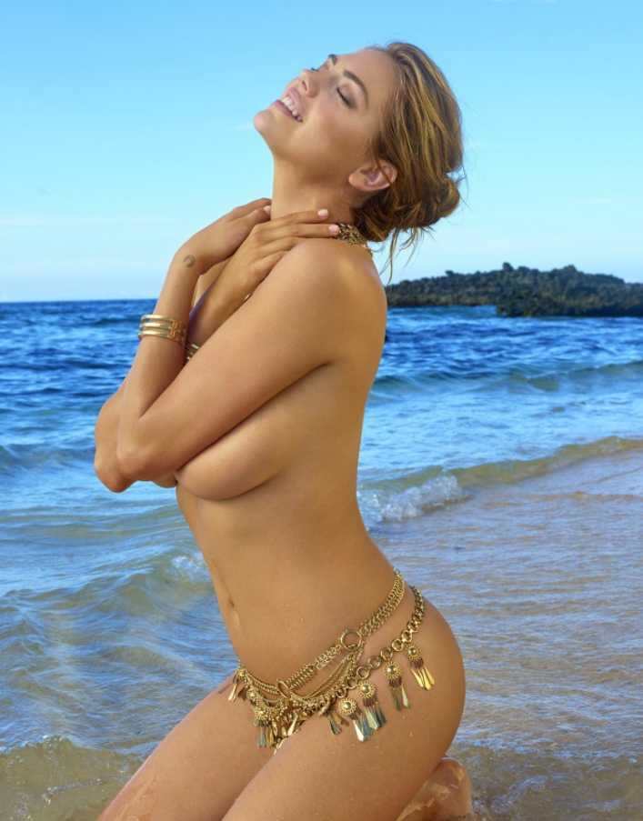 Кейт Аптон топлесс (3)
