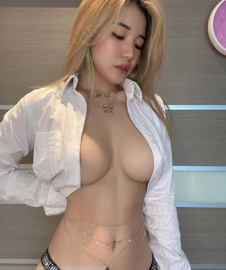 Siew Pui Yi голая (3)