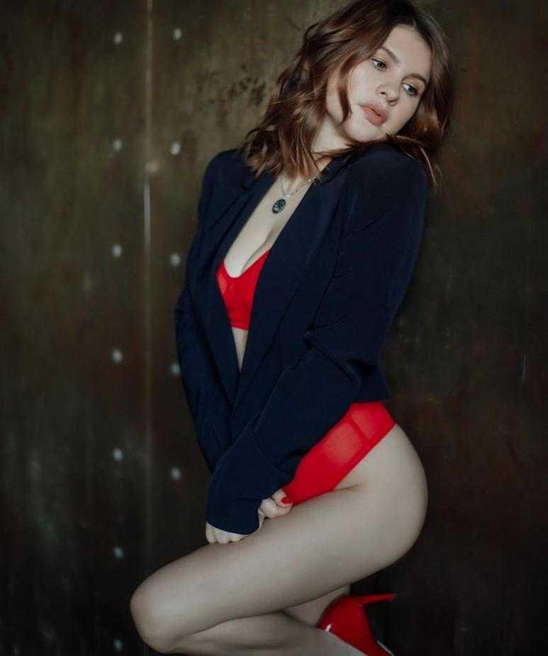 Анна Цуканова горячее фото (4)
