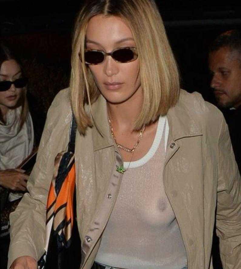 Белла Хадид голая грудь (4)