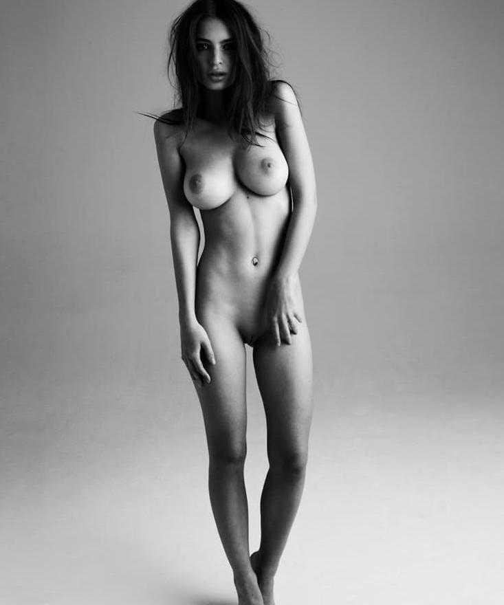 Эмили Ратаковски горячие фото (4)