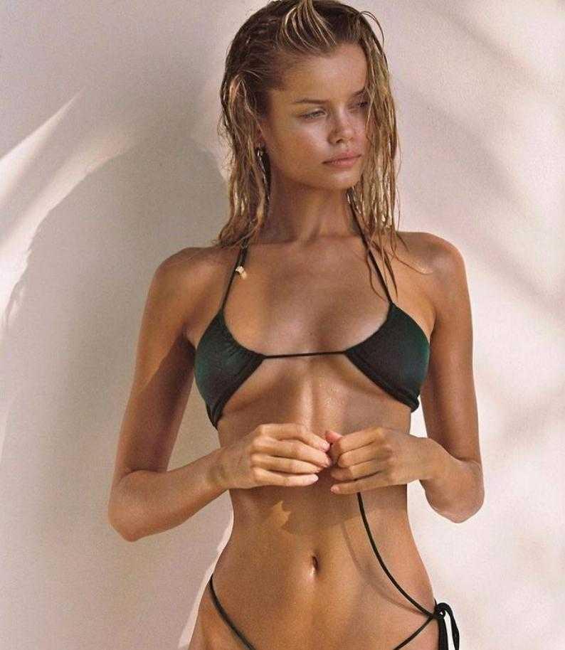 Фрида Аасен в купальнике и бикини горячие фото (12)