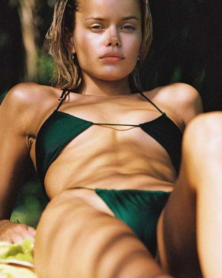 Фрида Аасен в купальнике и бикини горячие фото (2)
