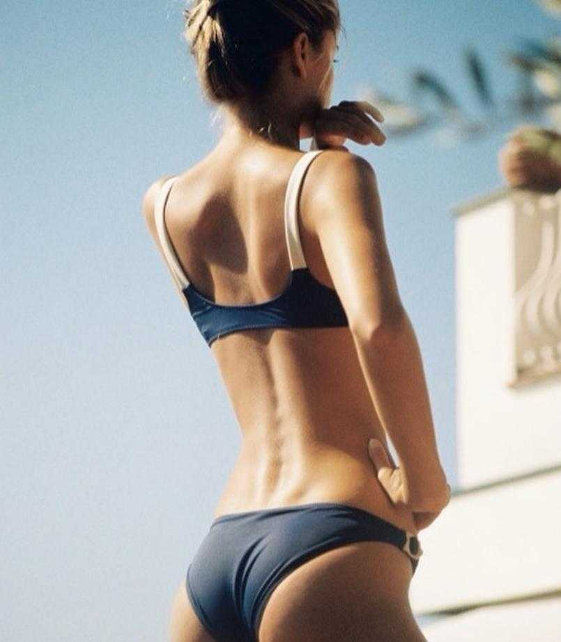 Фрида Аасен в купальнике и бикини горячие фото (8)