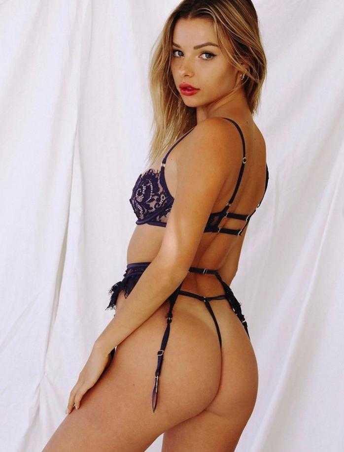 горячие фото Maddie Teeuws в сексуальном чёрном белье (2)