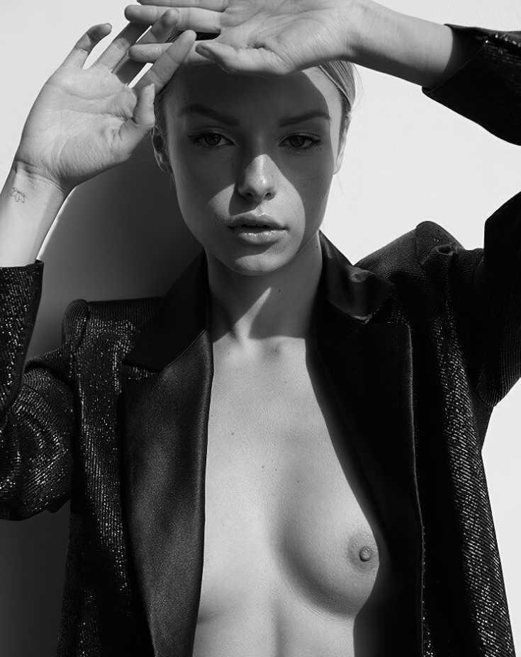 Maddie Teeuws сиськи (4)
