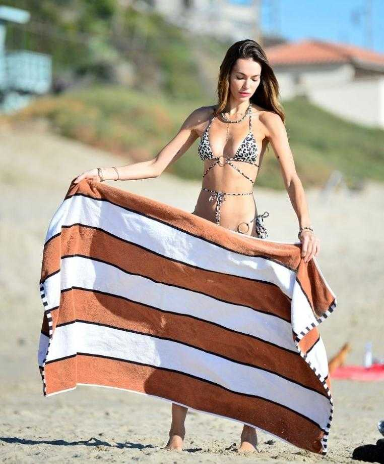 Марианна Фонсека (marianne fonseca) фото в бикини, купальнике горячие и сексуальные (1)