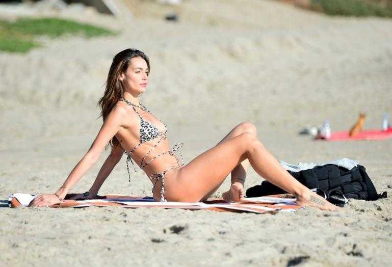 Марианна Фонсека (marianne fonseca) фото в бикини, купальнике горячие и сексуальные (4)