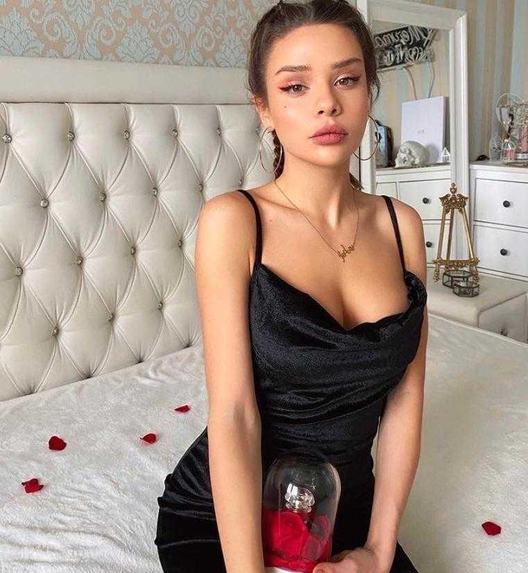 Мария Вэй откровенные, пикантные и сексуальные фото (14)