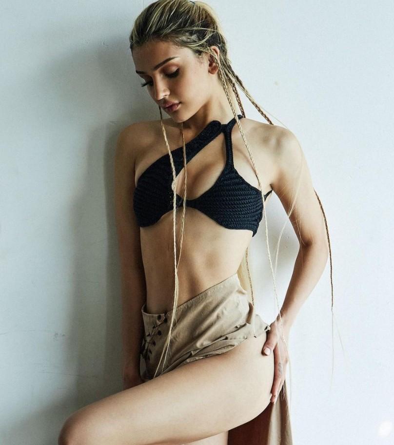 Дина Саева горячие фото (14)