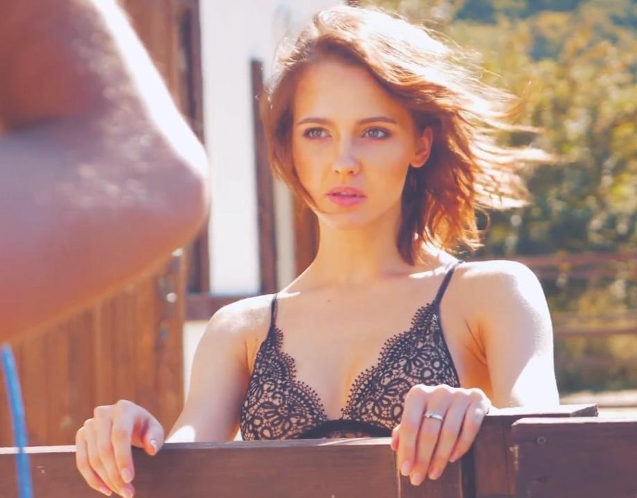 Юлия Хлынина горячие фото (8)