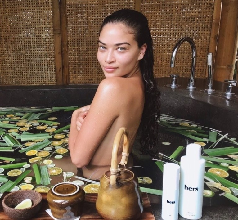 Шанина Шейк (27)